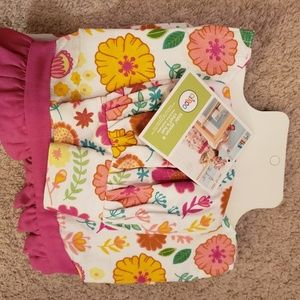 New with tags Childs apron and bakers hat